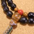 [数珠・ネックレス]数珠起源の実ムクロジ54果 虎眼菩提樹 龍眼菩提樹 赤珊瑚 天眼石 瑪瑙 チベット真鍮ビーズ 正絹紐房八本組み