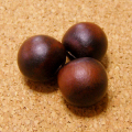 [希少レア:108個+親玉1個セット]赤黒ムクロジの実ビーズ(無患子/数珠起源となる木の実)