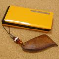 不思議な木の実「ケンファーン」の携帯ストラップ-天珠チョンジー(線珠)仕立て