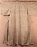 紬 真綿手紡ぎ糸 桑染地横絣文様袷の全体