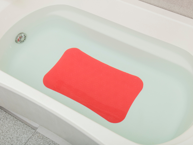 【送料無料】浴そう・洗い場どちらもOK!すべり止めマットV