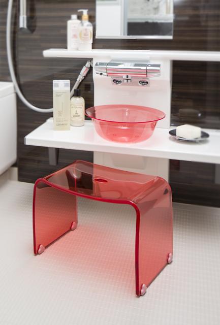 新商品!【送料無料】~フェイヴァ/Favor~アクリル製お風呂いすM&お風呂ボウルのセット♪(ピンク)