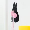 【水濡れOK!動物モチーフの貼ってはがせる吸着シート!かわいい洗面収納♪】貼り付くウサギのハブラシホルダー