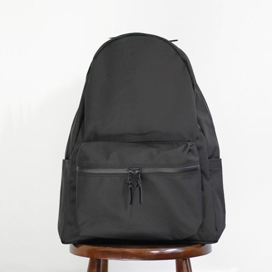 STANDARD SUPPLY / MATTE Daily Daypack - Black