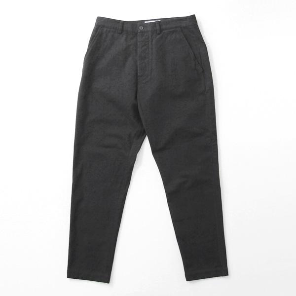 Universal Works / Military Chino - Nebraska Cotton - Black