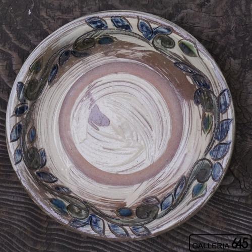 8寸皿(周り唐草):上江洲史朗:016007-2