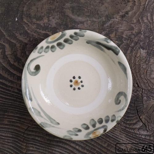 6寸皿(墨呉須唐草):上江洲史朗:016009-1