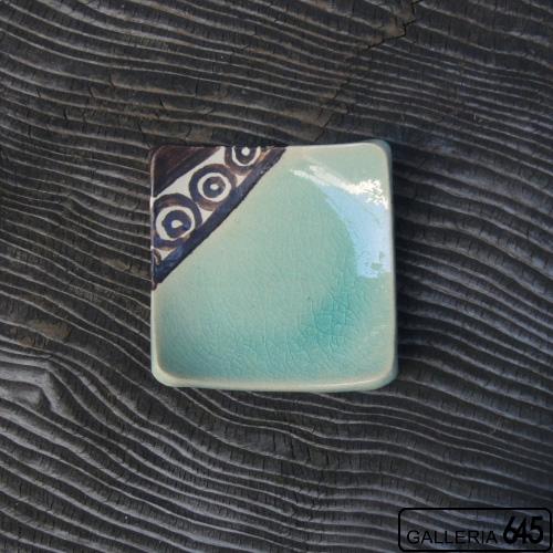 青磁彩小角皿:與 宏文:041030