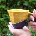 黒陶金彩スクラッチ黄釉マグカップ:山本文雅:007061