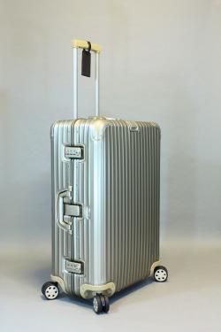 ☆2010年モデル☆【TSA】 RIMOWA リモワ TOPASPREMIUM TITAN  トパーズプレミアム 945.63 4輪