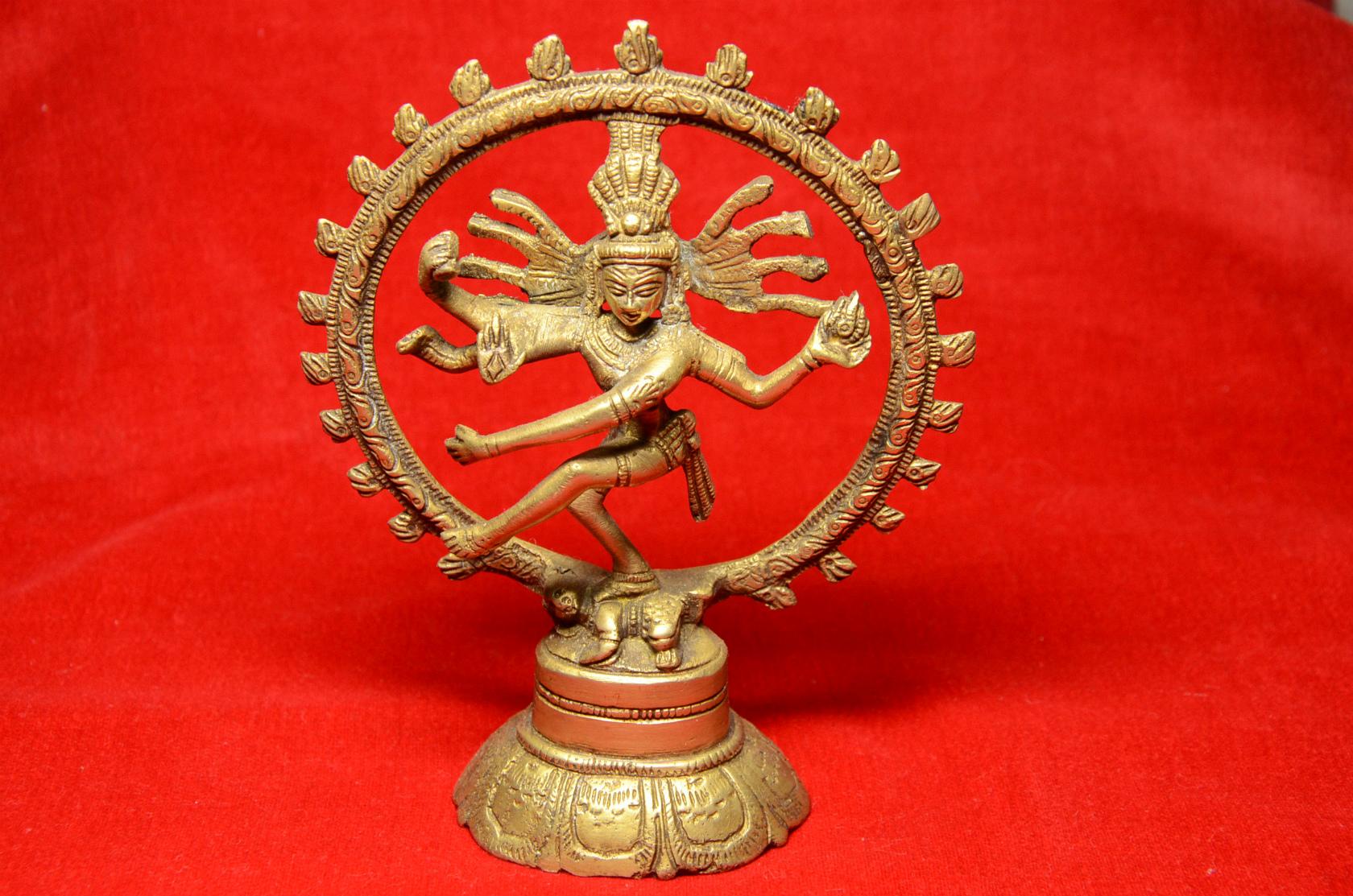 ダンシングシヴァ ナタラージャ 像