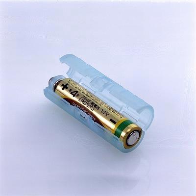 単4電池が単3電池になる電池アダプター