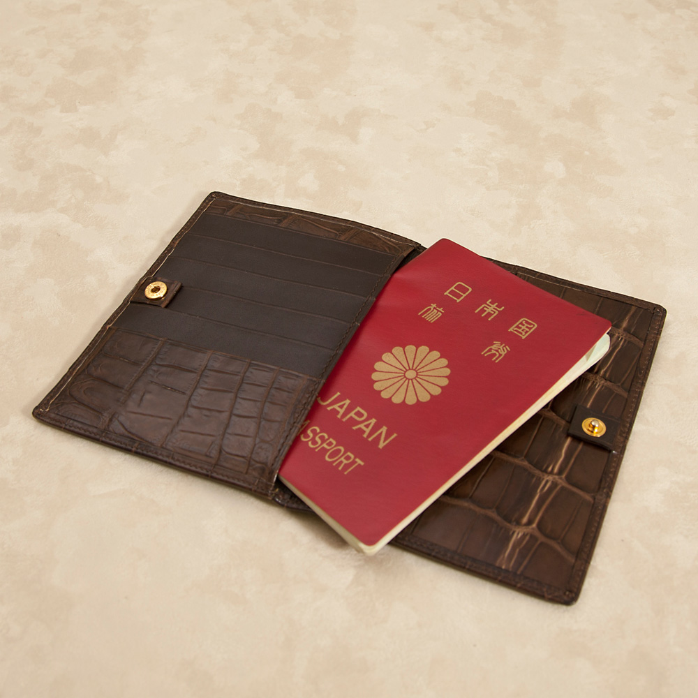 テール クロコダイルパスポートケース[TM0817]