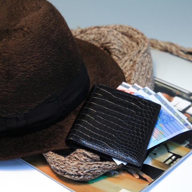 二つ折り財布(切り目) 縦カード [HI1302]