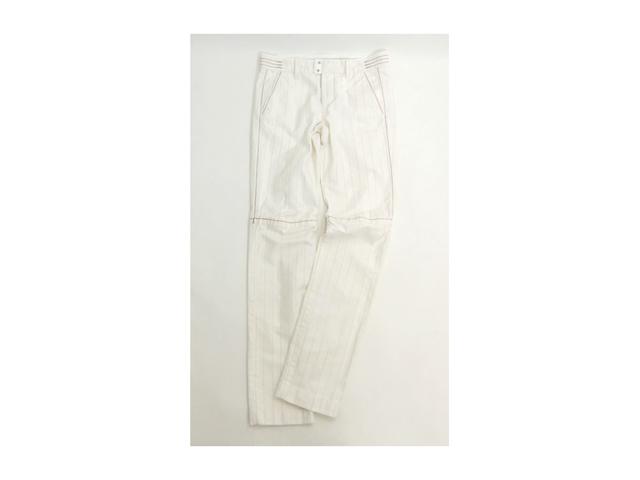 【ジルボー】メンズMサイズ☆Sサイズ感覚の織柄ストライプパンツ☆素材、ボタンに注目50%OFF