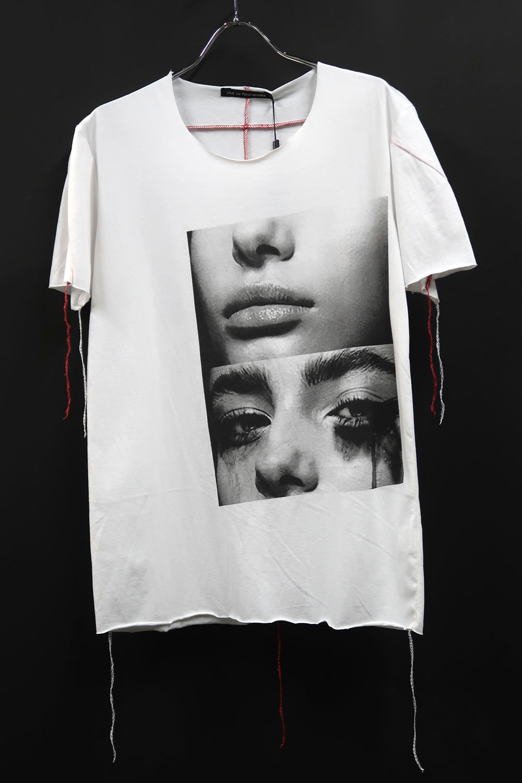 Cotton Cut-off Round-neck T-shirt<No Laughter>