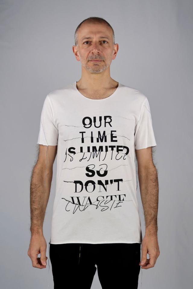 Cotton Cut-off Round-neck T-shirt<TIME>