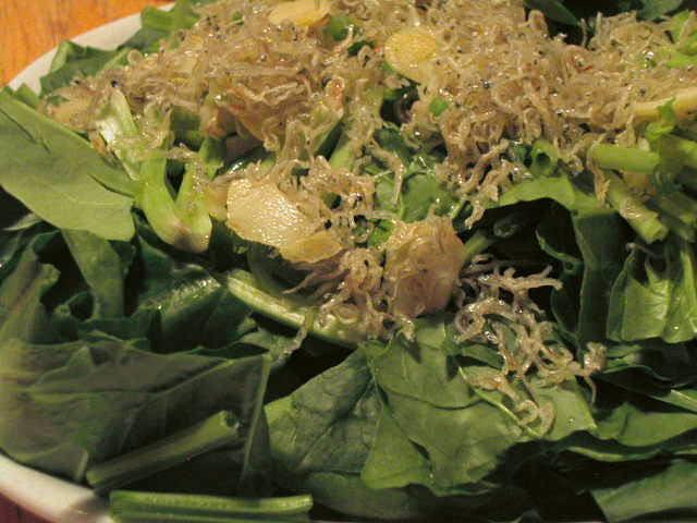 ほうれん草とじゃこのサラダ にんにく オリーブオイル