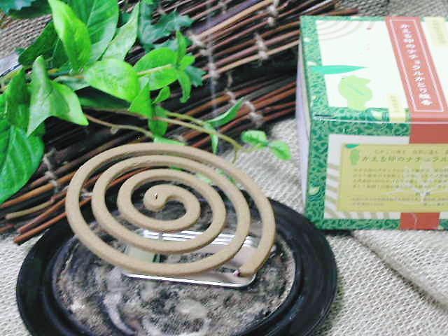 農薬を使っていない除虫菊の【かえる印のナチュラルかとり線香】