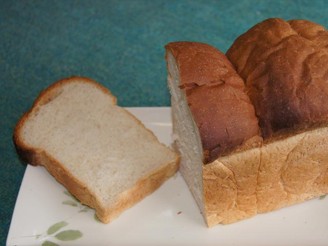 なかよし玄米粉 例パン