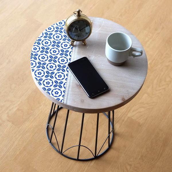 ウッドテーブル おしゃれ 丸 かわいい 天然木 北欧 アイアン レトロ 花柄 ソファーサイド アイアンとライトウッドのテーブル [aaz9902]