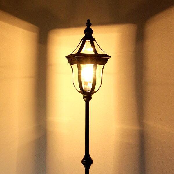 フロアスタンドライト アンティーク クラシック おしゃれ アイアン 照明スタンド リビング照明 間接照明 ベッドサイド 寝室 オリエンタルフロアランプ 【送料無料】 [abk0487]