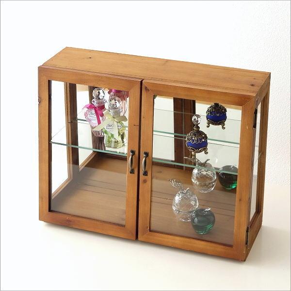 レトロウッドのガラスケース