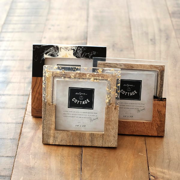 フォトフレーム 写真立て おしゃれ 木製 正方形 小さい モダン レトロ アンティーク エレガント プレゼント ウッド&レジンフォトフレーム S 3タイプ [kan6095]