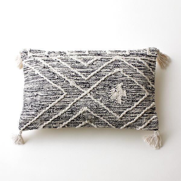 クッション 長方形 おしゃれ 刺繍 綿100% 北欧 タッセル アーガイル コットン コットンレクタングルクッション(中綿付) BK [kan6523]