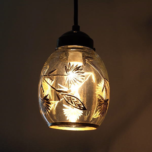 ペンダントライト ガラス おしゃれ アンティーク 卵型 レトロ 吊り下げランプ 天井照明 カフェ風 ガラスのペンダントライト ベルB [kan8498]