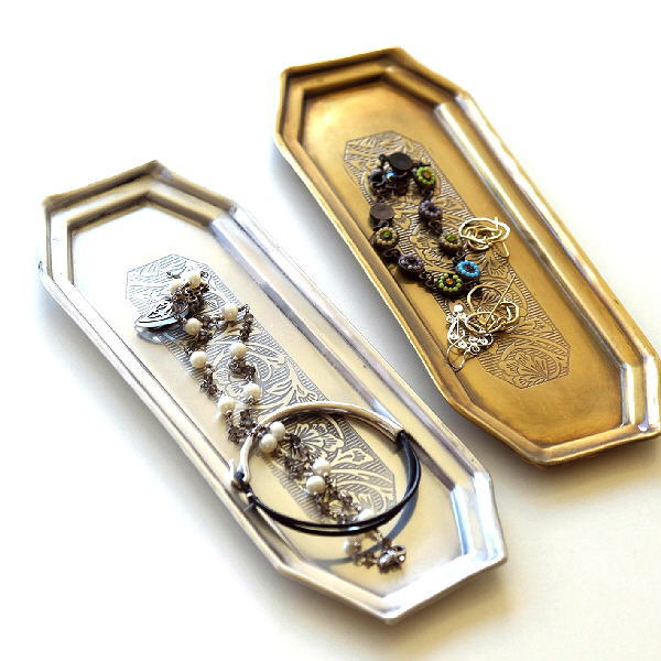 アクセサリートレイ アンティーク おしゃれ 真鍮 金属 小物入れ ゴールド シルバー アクセサリー ペントレー 皿 収納 卓上 ブラスロングトレー2カラー [kan8640]