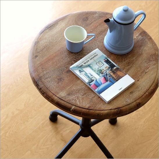 アカシアウッドとアイアンのカフェテーブル【送料無料】