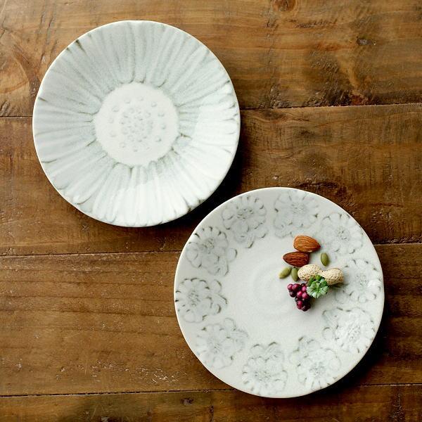 お皿 プレート おしゃれ 小さめ 中皿 陶器 かわいい スタッキング シンプル モダン 和風 プレート中皿 ホワイトフラワー2タイプ [ksn3432]