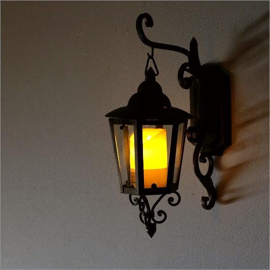 外灯 おしゃれ 玄関 庭 キャンドルホルダー アンティーク クラシック 街灯 LED付きレトロな外灯【送料無料】