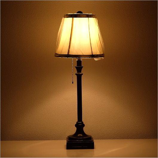 テーブルランプ ヨーロピアン アンティーク シンプル 寝室 リビング 照明スタンド ベッドサイドランプ シェードランプ エレガントなテーブルランプ B