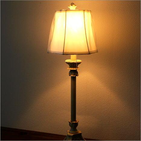 テーブルランプ ヨーロピアン アンティーク シンプル 寝室 リビング 照明スタンド ベッドサイドランプ シェードランプ エレガントなテーブルランプ C