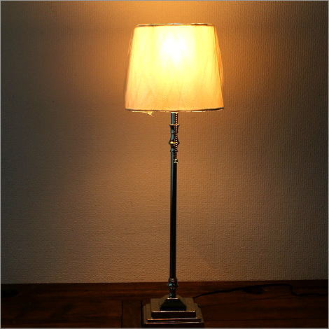 テーブルランプ ヨーロピアン アンティーク シンプル 寝室 リビング 照明スタンド ベッドサイドランプ シェードランプ エレガントなテーブルランプ A【送料無料】