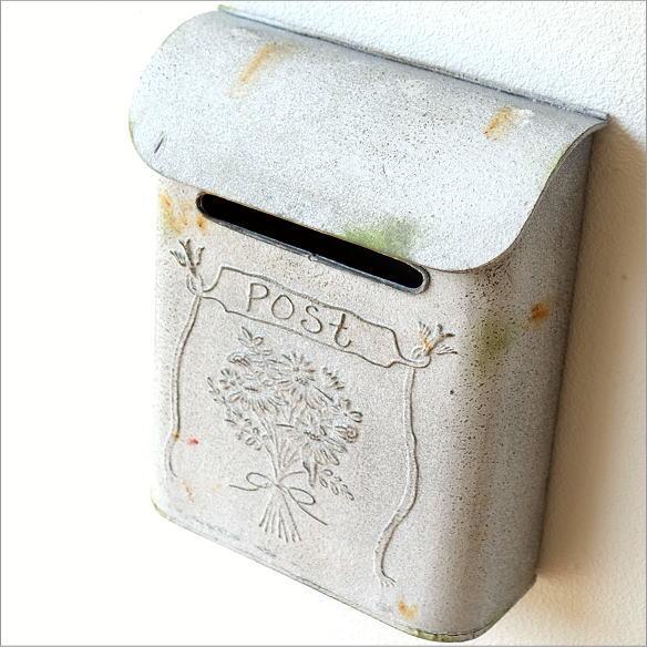 ポスト 郵便受け 新聞受け アンティーク レトロ 郵便ポスト 壁掛け 壁付け 玄関 おしゃれ シンプル アンティークなスティールポストB