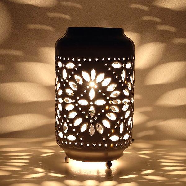 ランプ ベッドサイド インテリアライト おしゃれ スタンドライト 間接照明 LED電球対応 ベッドサイドランプ 癒し フロアライト メタルスタンドランプ WH [ras0689]