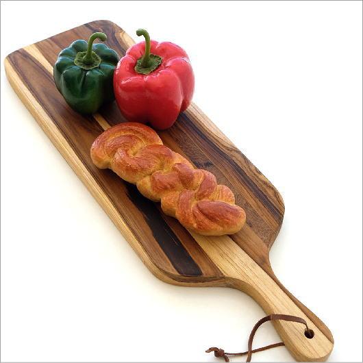 カッティングボード 木製 チーク材 まな板 シンプル ナチュラル かわいい カフェ チョッピングボード 天然木 木目 スリム ウッド チークチーズボード