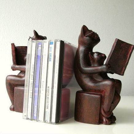 ブックエンド おしゃれ かわいい 本立て ブックスタンド 猫 ねこ 雑貨 置物 CDスタンド 卓上 収納 インテリア ディスプレイ ネコのブックエンドB [sik6014]