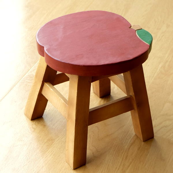スツール 木製 子供 椅子 おしゃれ ミニスツール 小さい ウッドスツール 丸椅子 子供用 かわいい 無垢材 花台 ミニテーブル 子供イス リンゴ [tom0792]