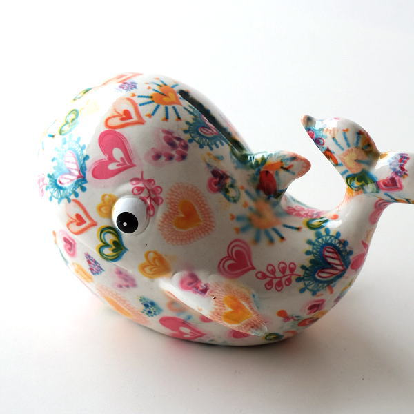 貯金箱 おしゃれ かわいい 陶器 くじら 鯨 オブジェ 置物 可愛い インテリア 陶器の貯金箱 ハートクジラ [toy4349]
