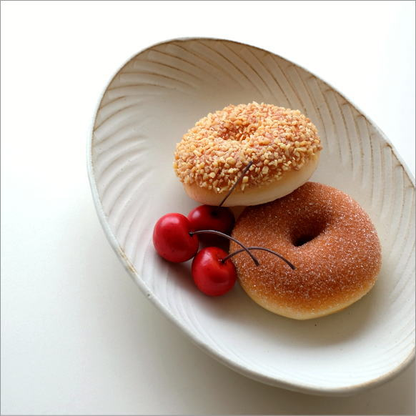 お皿 プレート 粉引き おしゃれ かわいい パスタ皿 カレー皿 中皿 大皿 デザイン シンプル オーバル 楕円形 和食器 陶器 益子焼 日本製 きなりパスタ皿 naname