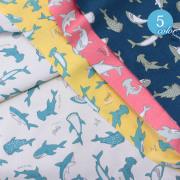 【メール便2mまで】やんちゃなサメ柄オックス生地(1352) シャーク ジョーズ 海 生き物 夏 バッグ レッスンバッグ 雑貨 メール便OK 男の子 女の子