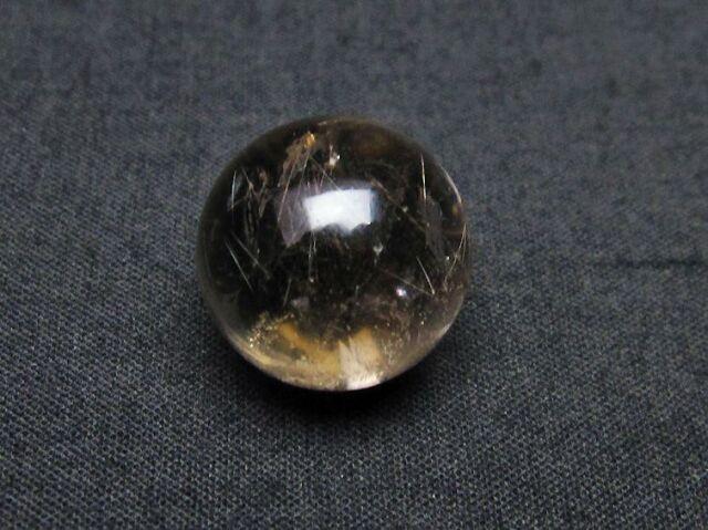 虹入りルチル入り水晶丸玉17mm