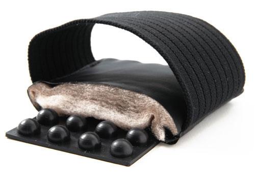 足裏ぐいっとぬくベリー(指圧代用器)ブラック【 天然鉱石繊維 HEATRAY(ヒートレイ)オーラストーン 】