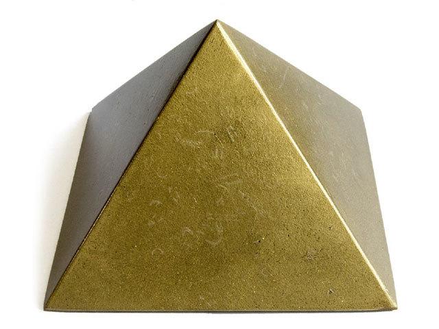 チャクラピラミッド(ゴールド)【ボヘミアンオルゴナイト】main
