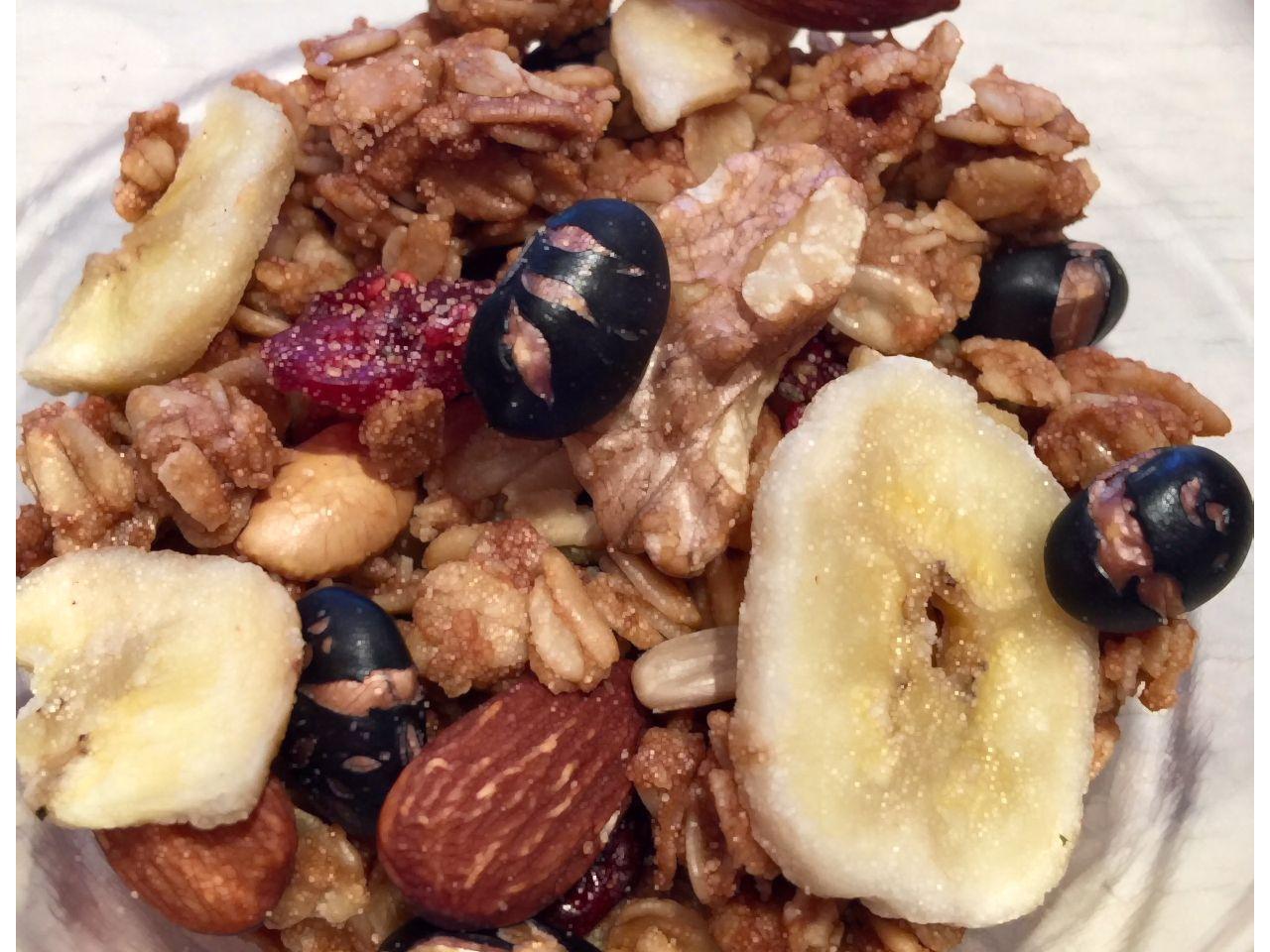 ★限定 黒豆バナナ グラノーラ *Black Bean & Banana Granola 270g