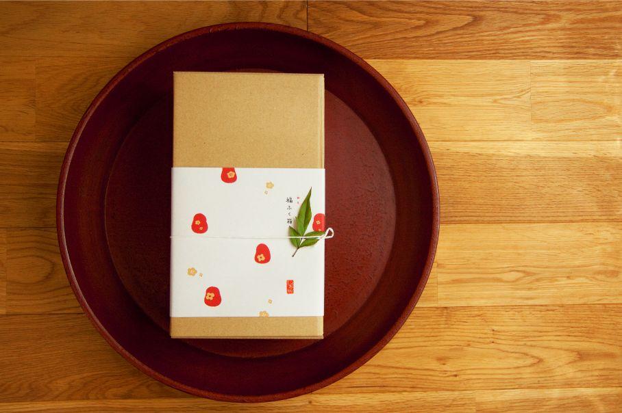 甘味こしらえ【しおや】さんの正月福ふく箱